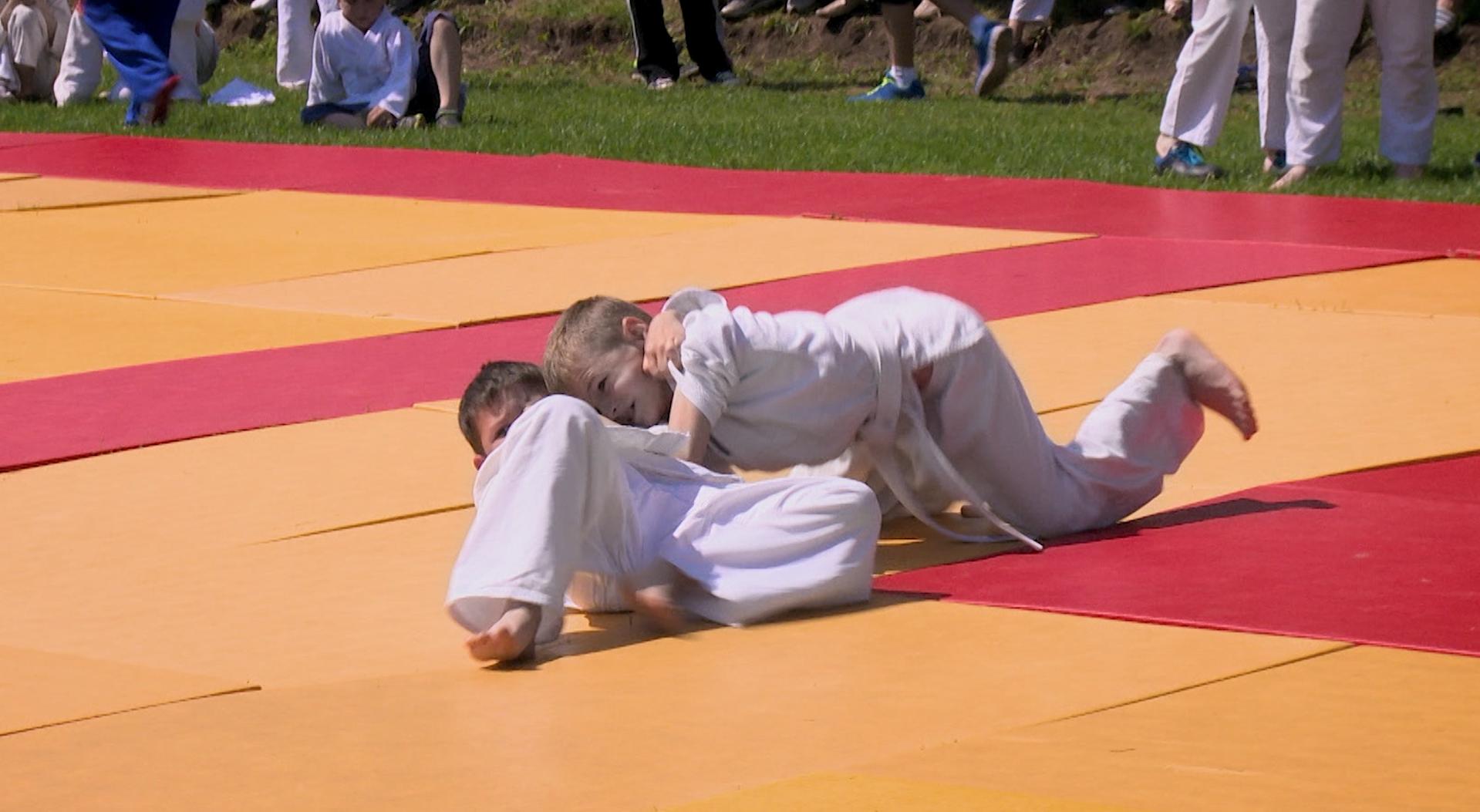 Surpriza pentru mama micului judocan de la Sângerei