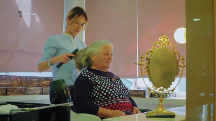 O femeie din Căuşeni a vizitat pentru prima dată un stilist